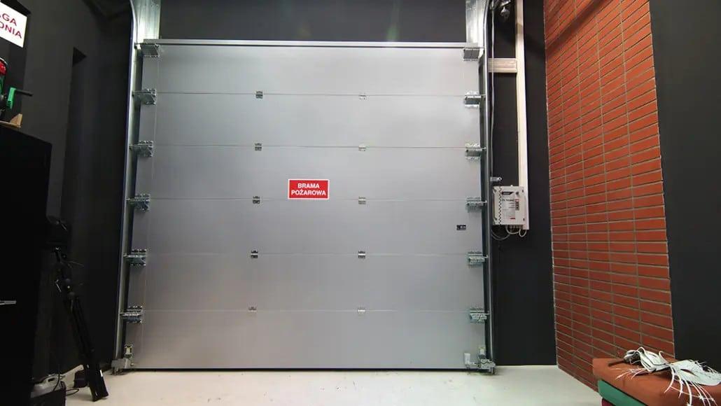 Przeciwpożarowe bramy segmentowe OGS